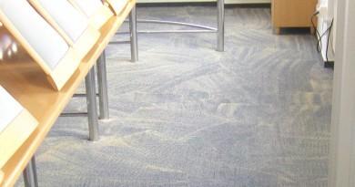 Jak postupovat při suchém čištění koberců?